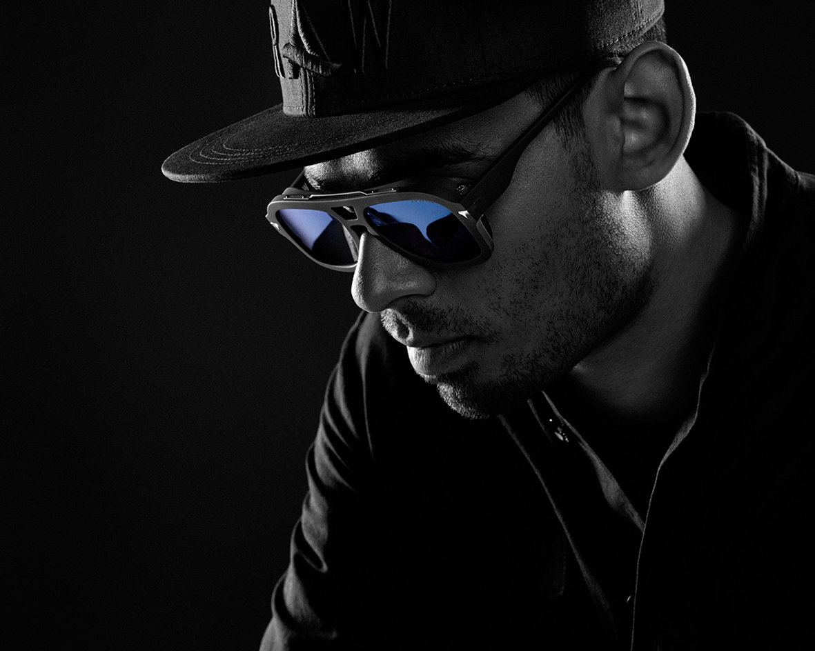 100 15187004_Afrojack_Eyewear_BlackBackground_SET2_010